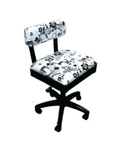 horn-funky-chair-black-and-white
